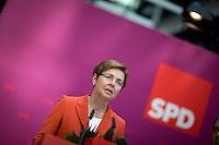 Die SPD-Spitzenkandidatin Heike Taubert, gibt am Montag (15.09.14) in Berlin eine Pressekonferenz zu den Landtagswahlen in Brandenburg und Th&uuml;ringen.<br /> Foto: Axel Schmidt/CommonLens