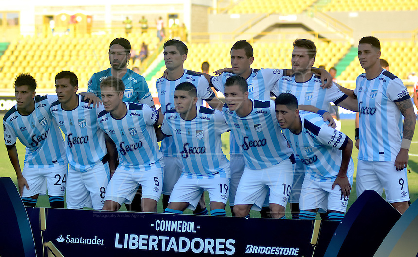 CARTAGENA-COLOMBIA, 17-02-2017. Formación  del  Atlético Tucumán contra Junior  durante encuentro  por la Copa Libertadores de América  disputado en el estadio Jaime  Morón  ./ Team   of  Atletico  Tucuman against Junior  during match for the date 3 of Copa Libertadores de America played at Jaime Moron stadium . Photo:VizzorImage / Alfonso Cervantes  / Contribuidor