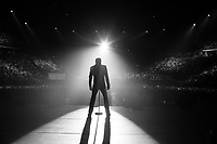 JohnnY HALLYDAY<br /> <br /> reportage  -backstage  coulisse tournee<br /> ©  CORLOUER renaud/  DALLE