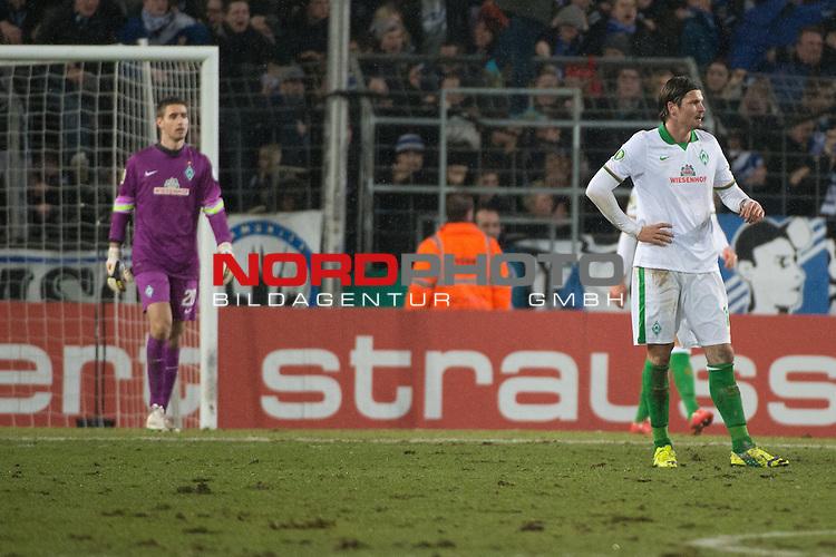 04.03.2015, Sch&uuml;coArena, Bielefeld, GER, DFB Pokal 14/15, ACHTELFINALE, Arminia Bielefeld vs Werder Bremen, im Bild<br /> <br /> <br /> entt&auml;uscht / entt&auml;uscht / traurig  <br /> Clemens Fritz (Bremen #8)<br /> Koen Casteels (Bremen #20)<br /> Sebastian Pr&ouml;dl / Proedl (Bremen #15)<br /> <br /> <br /> Foto &copy; nordphoto / Kokenge