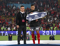 BOGOTA - COLOMBIA, 28-01-Kevin Ramíirez elegido el mejor jugador del torneo Fox Sports 2018:Independiente Santa Fe y América de Cali por la final de la Copa Fox Sports 2018 jugada en el estadio Nemesio Camacho El Campin de la ciudad de Bogotá. / Kevin Ramírez selected the best player in the Fox Sports 2018 tournament .Independiente Santa Fe and América de Cali for the final of the Fox Sports Cup 2018 played at the Nemesio Camacho Stadium The Campin of the city of Bogotá played at the Nemesio Camacho stadium El Campin in the city of Bogotá. Photo: VizzorImage / Felipe Caicedo / Staff.