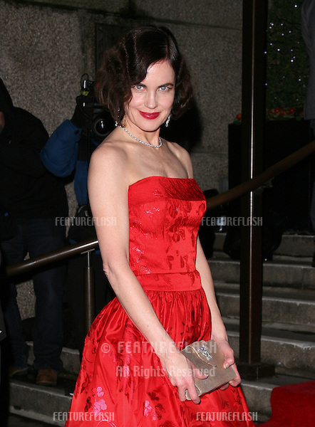 Elizabeth McGovern arriving for the Evening Standard Film Awards, County Hall, London. 06/02/2012 Picture by: Alexandra Glen / Featureflash