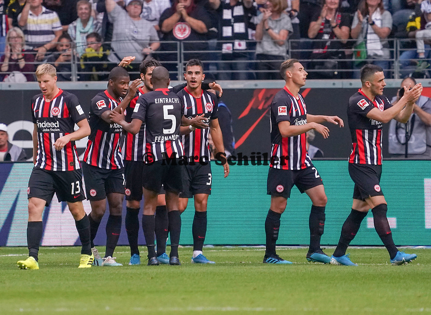 celebrate the goal, Torjubel zum 1:1 Ausgleich  Andre Silva (Eintracht Frankfurt) - 22.09.2019: Eintracht Frankfurt vs. Borussia Dortmund, Commerzbank Arena, 5. Spieltag<br /> DISCLAIMER: DFL regulations prohibit any use of photographs as image sequences and/or quasi-video.