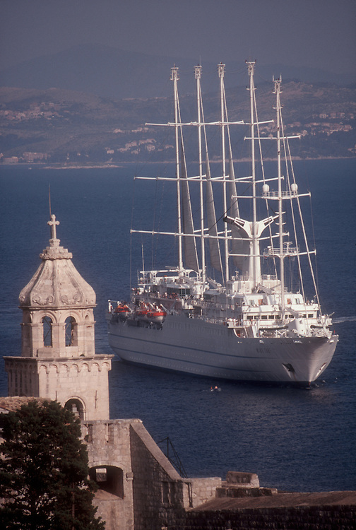 Cruise ship, Dubrovnik, Croatia, Adriatic Sea, Europe,