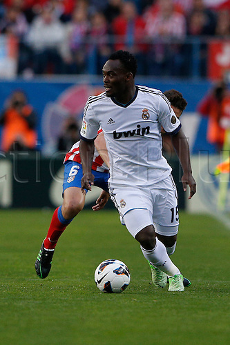 27.04.2013. Madrid, Spain.  La Liga football  Atletico de Madrid vs Real Madrid CF (1-2) at Vicente Calderon stadium. The picture shows  Michael Essien (Ghana midfieldes of Real Madrid)