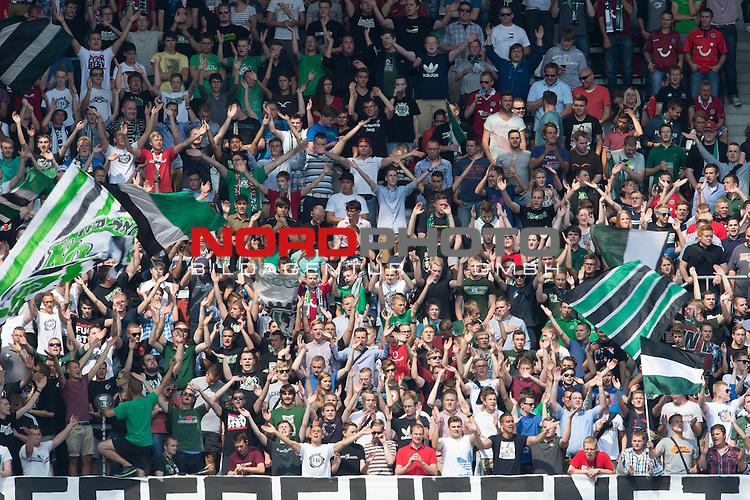 10.08.2013, HDI-Arena, Hanoover, GER, 1.FBL, Hannover 96 vs VFL Wolfsburg, im Bild<br /> <br /> Hannover Fan Kurve <br /> Foto &copy; nph / Kokenge