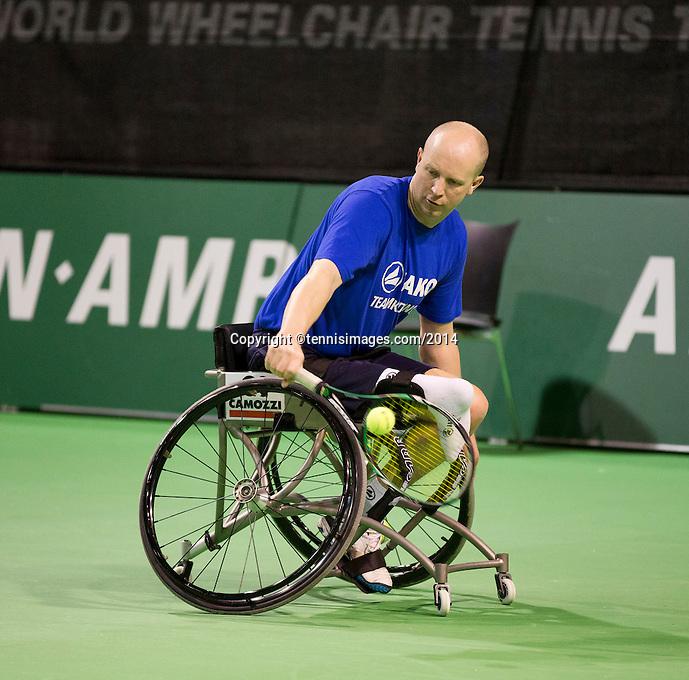 10-02-14, Netherlands,Rotterdam,Ahoy, ABNAMROWTT, Ronald de Vink<br /> Photo:Tennisimages/Henk Koster
