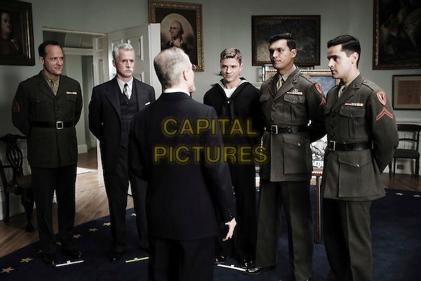 JOHN BENJAMIN HICKEY, JOHN SLATTERY, DAVID PATRICK KELLY, RYAN PHILLIPPE, ADAM BEACH & JESSE BRADFORD.in Flags Of Our Fathers.*Editorial Use Only*.Ref: FB.www.capitalpictures.com.sales@capitalpictures.com.Supplied by Capital Pictures.