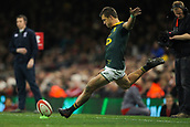 2nd December 2017, Principality Stadium, Cardiff, Wales; Autumn International Rugby Series, Wales versus South Africa; Handre Pollard of South Africa kicks at the posts