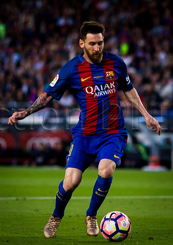 May 21st 2017, Nou Camp, Barcelona, Spain; La Liga football, FC Barcelona versus Eibar; Lionel Messi of FC Barcelona controls the ball