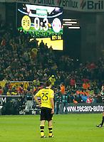 DORTMUND, ALEMANHA, 22.11.2013 - CAMP. ALEMAO - BORUSSIA DORTMUND X BAYERN DE MUNIQUE - Sokratis do Borussia Dortmund durante partida contra o Bayern de Munique valida pelo Campeonato Alemao no Westfalenstadion em Dortmund na Alemanha, neste sabado. 22. O Bayern venceu por 3 a 0 . (Foto: Pixathlon / Brazil Photo Press).