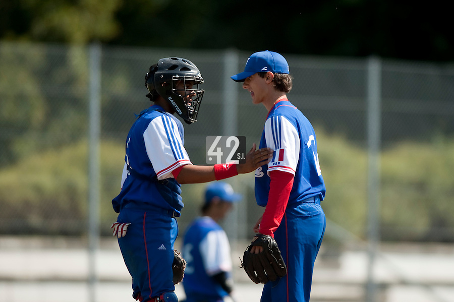 Baseball - 2009 European Championship Juniors (under 18 years old) - Bonn (Germany) - 04/08/2009 - Day 2 - Eloi Secleppe (France), Andy Paz (France)