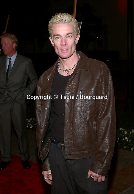 James Marsters posing  at the screening of Buffy The Vampire Slayer, Musical Episode at the Paramount Theatre on the Paramount lot in Los angeles. November 2, 2001.            -            MarstersJames01.jpg