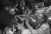 Europe/France/06/Alpes-Maritimes/Nice: Préparatif des mannequins avant l'élection de la Reine du Carnaval
