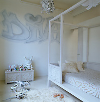 Bonnie Young has decorated her daughter's bedroom  with Andre Charles' Diva graffiti and a bed and chest of her own design