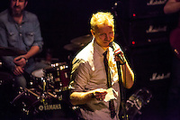 Spin Doctors performing at Lara theater, Madrid