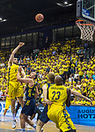 09.06.2019, EWE Arena, Oldenburg, GER, easy Credit-BBL, Playoffs, HF Spiel 3, EWE Baskets Oldenburg vs ALBA Berlin, im Bild<br /> Nathan BOOTHE (EWE Baskets Oldenburg #45 ) Luke SIKMA (ALBA Berlin #43 ) Niels GIFFEY (ALBA Berlin #5 ) Rickey PAULDING (EWE Baskets Oldenburg #23 )<br /> <br /> Foto © nordphoto / Rojahn