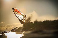 Francisco Goya (ARG) windsurfing in Ho'okipa Beach Park (Maui, Hawaii, USA)