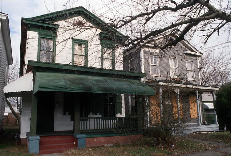 1995 January 09..Conservation.Lamberts Point..Corner of 39th Street & Bluestone...NEG#.NRHA#..