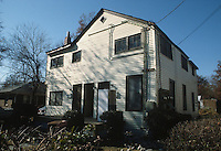 1987 November ..Conservation.Cottage Line..9507 CHESAPEAKE STREET...NEG#.NRHA#..