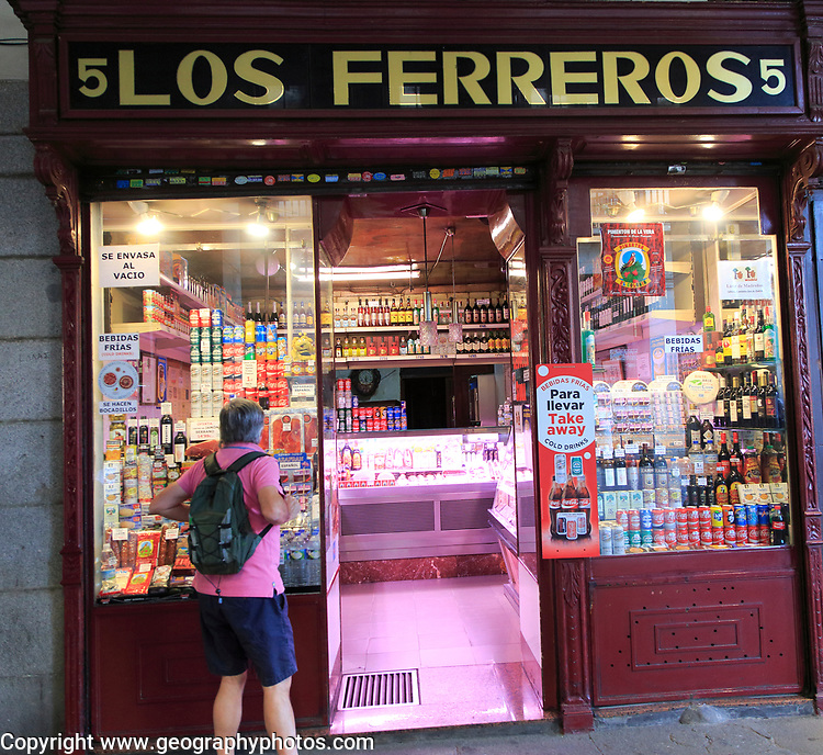 Los Ferreros delicatessen shop, Calle Ciudad Rodrigo, Madrid city centre, Spain
