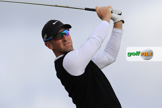 David Duval (USA) tees off the 16th tee during Sunday's Round  of the 144th Open Championship, St Andrews Old Course, St Andrews, Fife, Scotland. 19/07/2015.<br /> Picture Eoin Clarke, www.golffile.ie