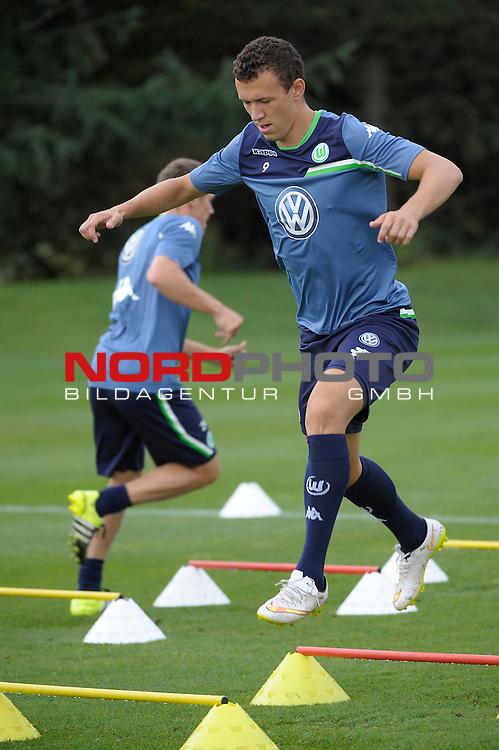19.07.2015, Trainingsplatz &Ouml;schberghof, Donaueschingen, GER, Trainingslager VfL Wolfsburg Tag 2, im Bild Ivan Peri&scaron;ić<br /> <br /> <br /> Foto &copy; nordphoto / Zwick