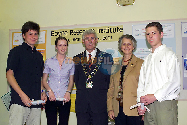 David Murphy  and Suzanne Markey Left and  Mark harmon Right after receiving there certificates from the Mayor of Drogheda Jimmy Mulroy and Dr Julia Ann Byrne of the Boyne research Institute..Picture Fran Caffrey Newsfile.