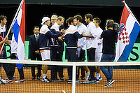 September 12, 2014, Netherlands, Amsterdam, Ziggo Dome, Davis Cup Netherlands-Croatia, Presentation, Teams exchanging flags<br /> <br /> Photo: Tennisimages/Henk Koster
