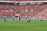 12.05.2018, BayArena, Leverkusen, GER, 1.FBL, Bayer 04 Leverkusen vs Hannover 96, im Bild erschoepfte Leverkusener nach dem Schlusspfiff<br /> <br /> <br /> Foto &copy; nordphoto/Mauelshagen