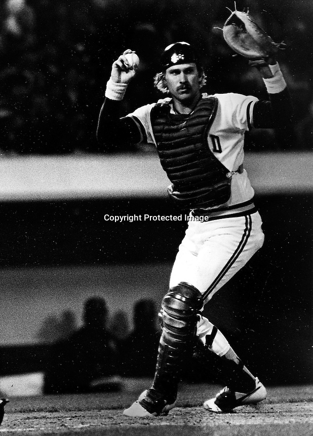 A's catcher Bill Bathe (1986 photo by Ron Riesterer)