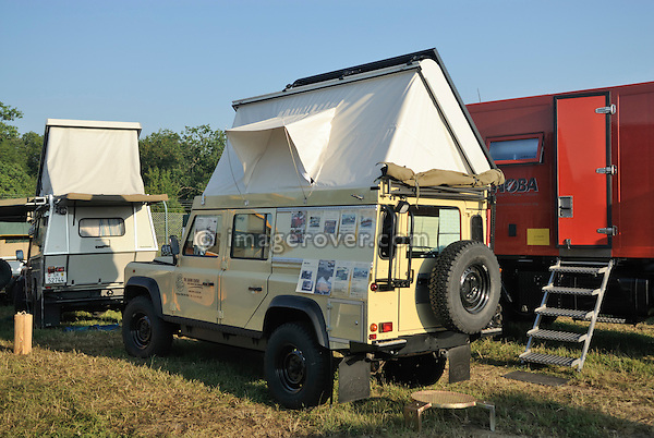 Germany, Bad Kissingen, Allrad Messe, 15-18.06.2006. Land Rover Defender 110 camper conversion with elevating roof by The Safari Centre. --- No releases available. Automotive trademarks are the property of the trademark holder, authorization may be needed for some uses.