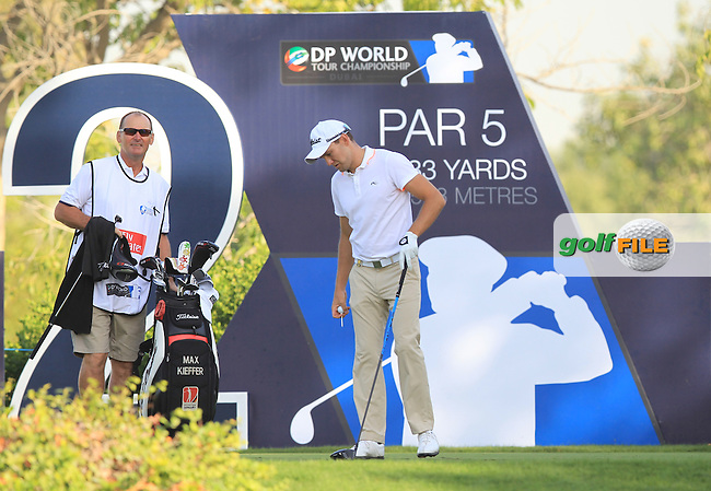 Maximilian Kieffer (GER) on the 2nd tee during Round 1 of the DP World Tour Championship at the Earth course,  Jumeirah Golf Estates in Dubai, UAE,  19/11/2015.<br /> Picture: Golffile | Thos Caffrey<br /> <br /> All photo usage must carry mandatory copyright credit (&copy; Golffile | Thos Caffrey)
