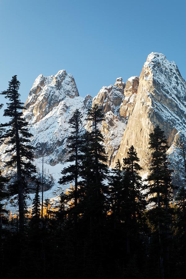 Liberty Bell Mountain at sunrise, Washington Pass, Washington State, USA