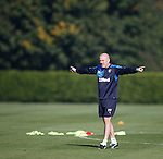 Mark Warburton asking his players to exploit the wide areas