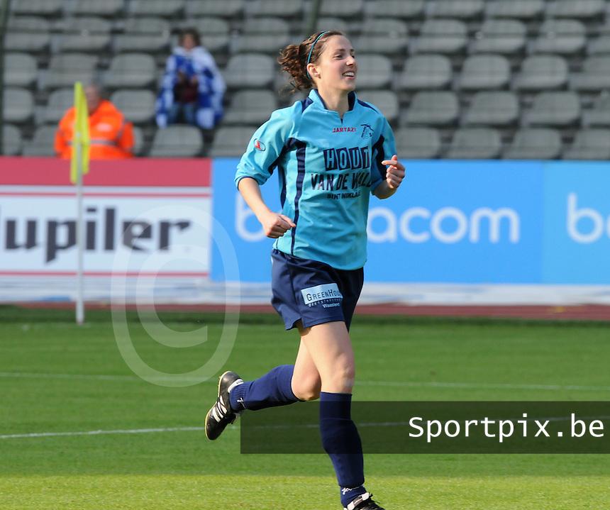15 Mei 2010 Bekerfinale vrouwen : Sinaai Girls - RSC Anderlecht  : Thea De Blaeij.foto DAVID CATRY / Vrouwenteam.be