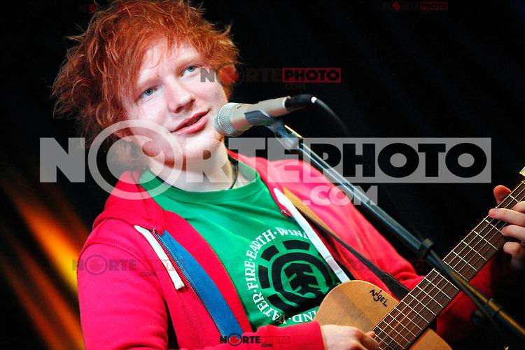 Ed visita Sheeran MIX 106.1 en Teatro Performance iHeart en Bala Cynwyd, PA 10 de abril de 2012.<br /> (*Foto©Tirador*Estrella/MediaPunch/NortePhoto*)<br /> **Solo*Venta*en*Mexico**