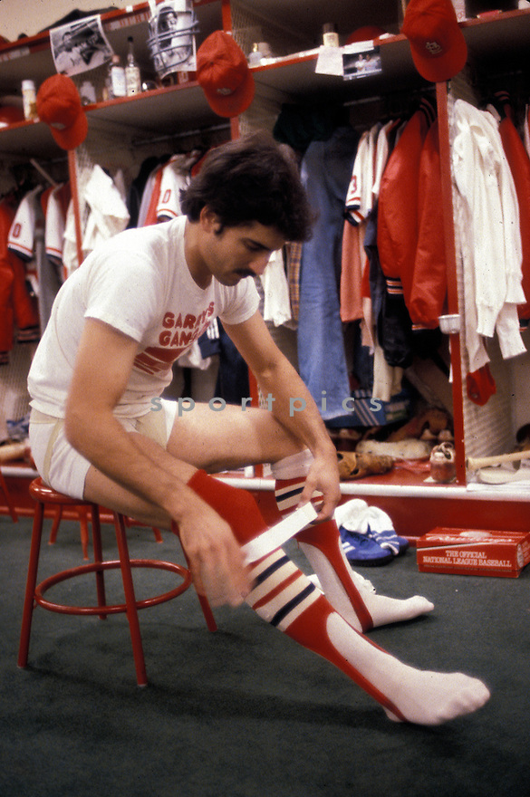 St. Louis Cardinals Keith Hernandez (37) getting ready for a game from the 1980 season at Busch Memorial Stadium in St. Louis, Missouri. Keith Hernandez played for 17 years with 3 different teams, was a 5-time All-Star and was the 1979 NL MVP.