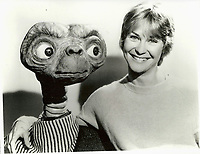 E.T. the Extra-Terrestrial (1982)  <br /> Behind the scenes photo of Dee Wallace<br /> *Filmstill - Editorial Use Only*<br /> CAP/KFS<br /> Image supplied by Capital Pictures
