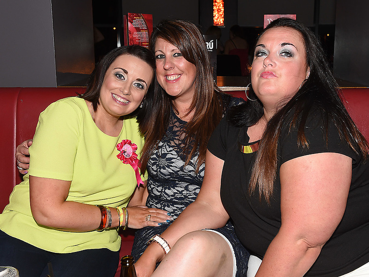 Vicky Hackett celebrating her birthday in Brú friends Ruth Leonard and Debbie Mohan. Photo: Colin Bell/pressphotos.ie