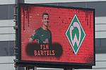 22.07.2017, Millerntor-Stadion, Hamburg, GER, FSP, FC St. Pauli vs SV Werder Bremen<br /> <br /> im Bild<br /> Anzeigetafel, Spieler, Aufstellung, Fin Bartels (Werder Bremen #22), Feature, <br /> <br /> Foto &copy; nordphoto / Ewert