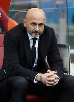Calcio, Serie A: Roma vs Hellas Verona. Roma, stadio Olimpico, 17 gennaio 2016.<br /> Roma&rsquo;s coach Luciano Spalletti arrives for the Italian Serie A football match between Roma and Hellas Verona at Rome's Olympic stadium, 17 January 2016.<br /> UPDATE IMAGES PRESS/Isabella Bonotto