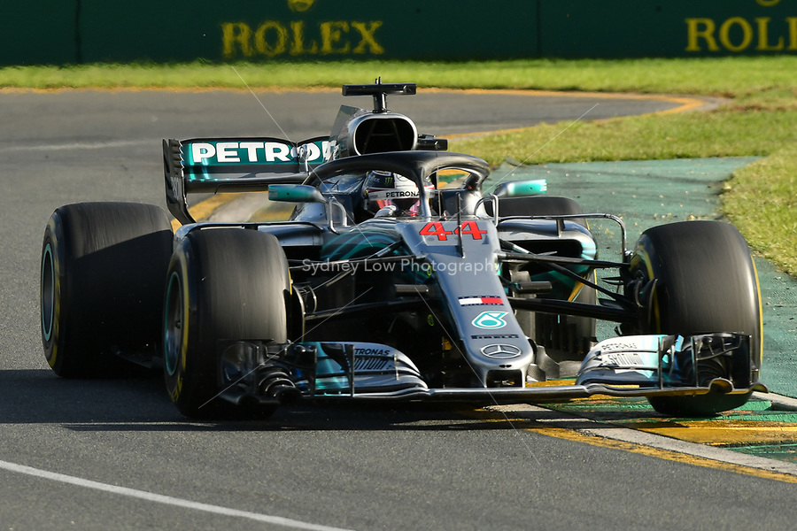 March 25, 2018: Lewis Hamilton (GBR) #44 from the Mercedes AMG Petronas Motorsport team rounds turn two of the 2018 Australian Formula One Grand Prix at Albert Park, Melbourne, Australia. Photo Sydney Low
