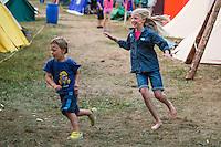 20140805 Vilda-l&auml;ger p&aring; Kragen&auml;s. Foto f&ouml;r Scoutshop.se<br /> leka, springa, busa, l&auml;gerby, tv&aring;, gr&auml;s
