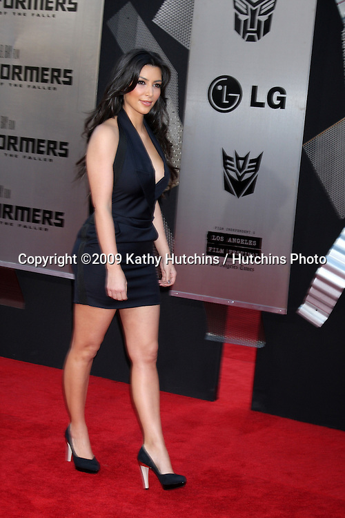 """Kim Kardashian arriving at the """"Transformers: Revenge of the Fallen"""" Premiere at the Mann's Village Theater in Westwood, CA  on June 22, 2009.  .©2009 Kathy Hutchins / Hutchins Photo"""