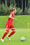 12.08.2017, Sportplatz, Hawangen, GER, FSP, Bayern M&uuml;nchen vs FC Z&uuml;rich Frauen, im Bild Melanie Leupolz (Muenchen #8)<br /> <br /> Foto &copy; nordphoto / Hafner