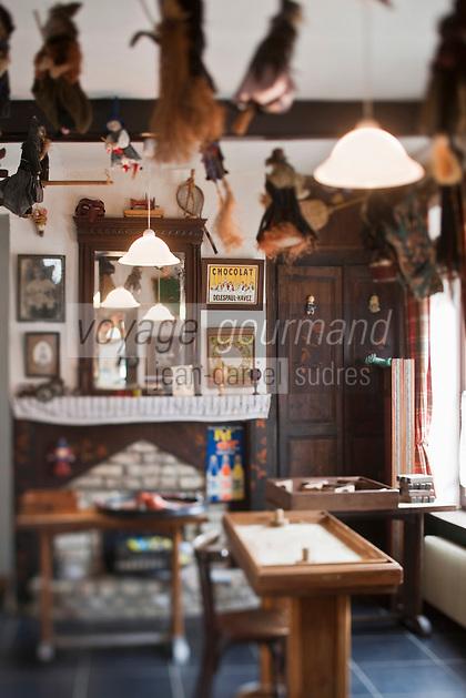 Europe/France/Nord-Pas-de-Calais/59/Nord/Quaëdypre: Estaminet: Taverne du Westhoek- Jeux traditionnels flamands