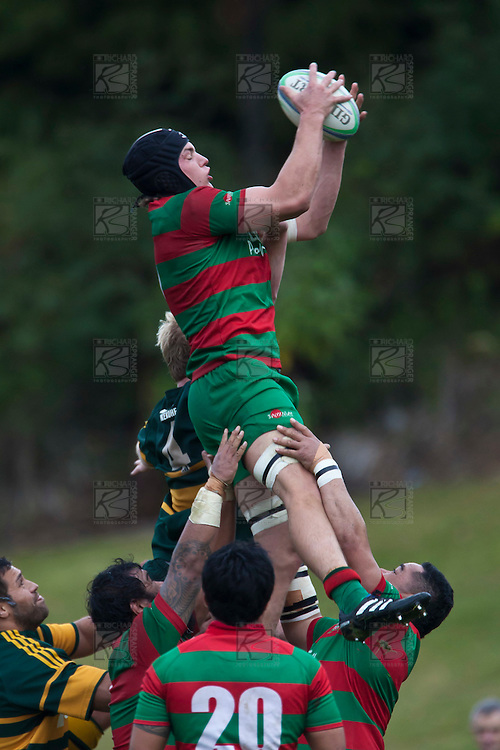 Ronald Raaymakers claims lineout ball. Counties Manukau McNamara Cup Premier Club Rugby final between Pukekohe andWaiuku, held at Bayer Growers Stadium, on Saturday July 17th. Waiuku won 25 - 20.