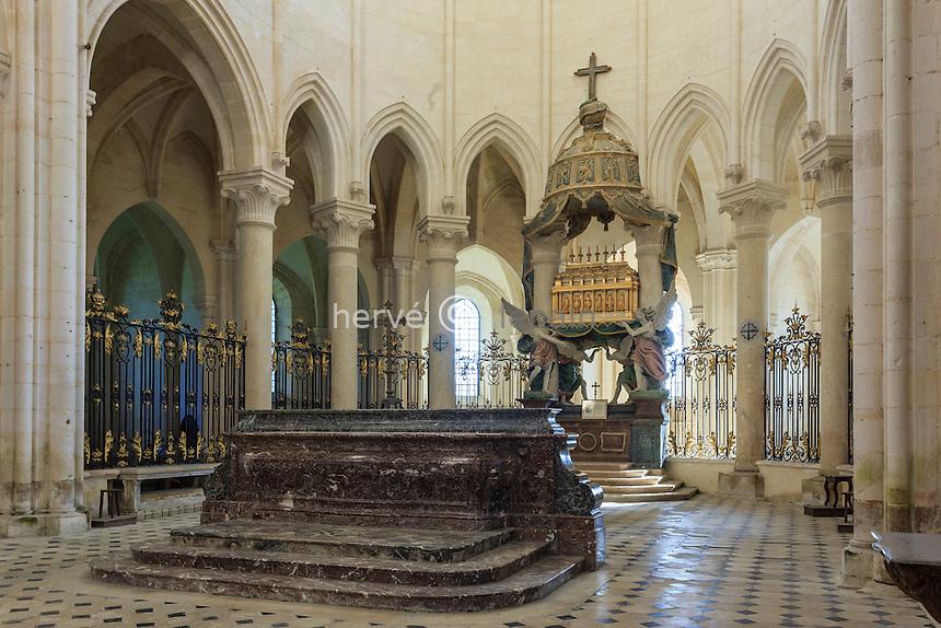 France, Yonne(89), Pontigny, abbaye cistercienne de Pontigny, église abbatiale, le choeur // France, Yonne, Pontigny, Cistercian abbey of Pontigny, the church