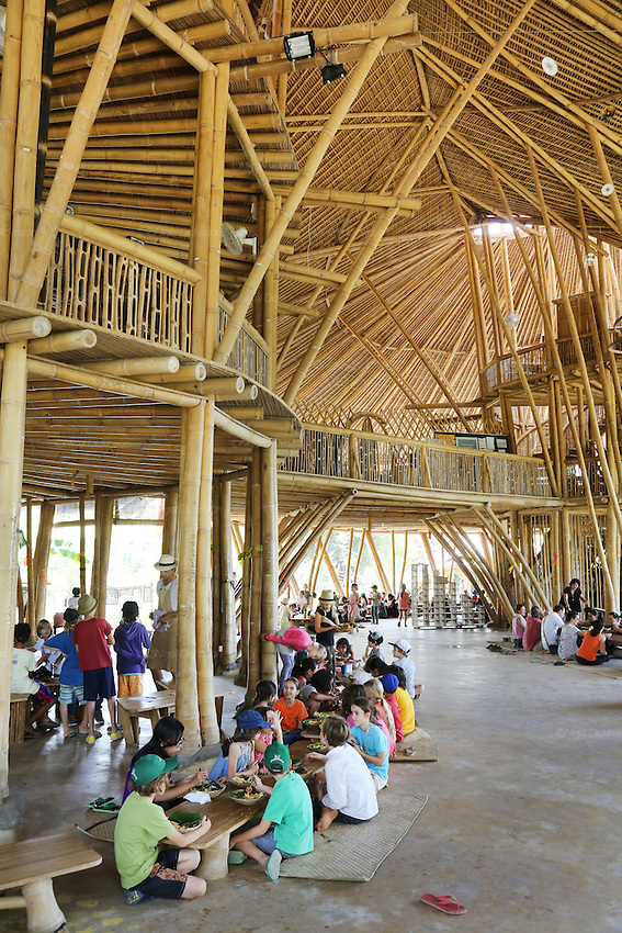 """Heart of School"" during lunchbreak<br />